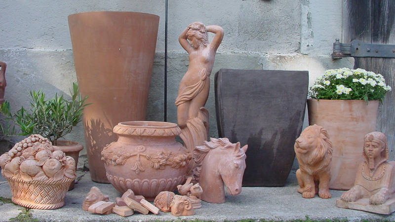 Terracottafiguren 800x450